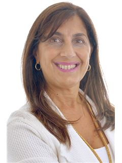 Mabel Acero - RE/MAX Profesional