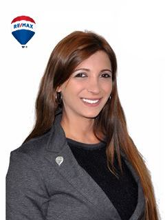 Carolina Martinez - RE/MAX Buró II