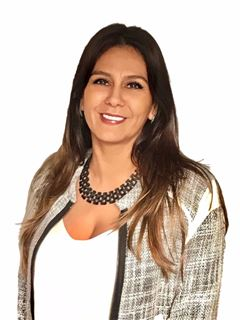 Claudia Guitron - RE/MAX Premium II