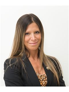 Valeria Engel - RE/MAX Ayres