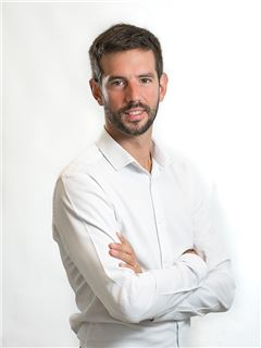Nicolás De Chiara - RE/MAX Bosque
