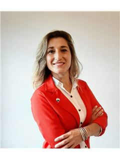 Nancy Urquiza - RE/MAX Total (IV)