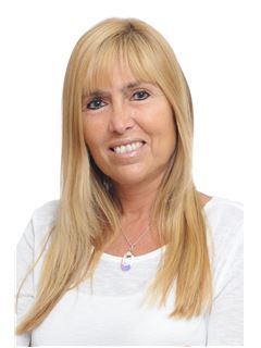 Nora Lucia Fermoselle - RE/MAX Ayres