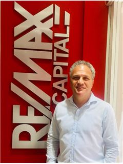 Mariano Zelerteins - RE/MAX Capital