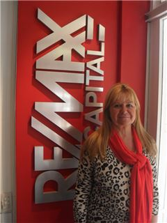 Roxana Rodriguez Zubrim - RE/MAX Capital