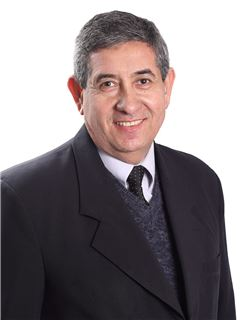 Julio Villamayor - RE/MAX Plaza