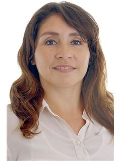 Team Manager - Ma. Cristina Alfaro - RE/MAX Profesional