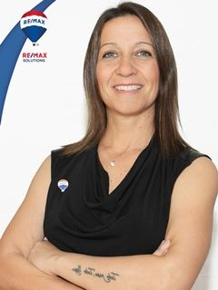 en formación - Nancy Cerrato - RE/MAX Solutions