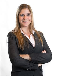 Valeria Garde - RE/MAX Bosque