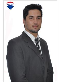 Ezequiel Barroso - RE/MAX Buró