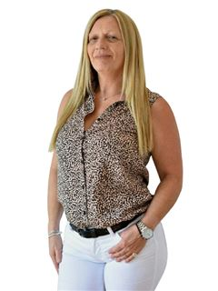 Viviana Capua Hassan - RE/MAX Data House