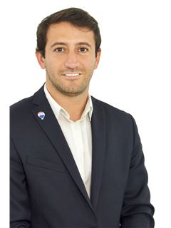 Sebastián Vecchio - RE/MAX Exclusivo