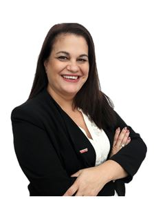 Cristina Cardozo - RE/MAX Elite