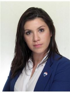 Cecilia Caceres - RE/MAX Total (IV)