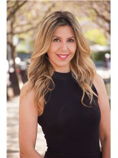 Lorena Carrizo - RE/MAX Puerto