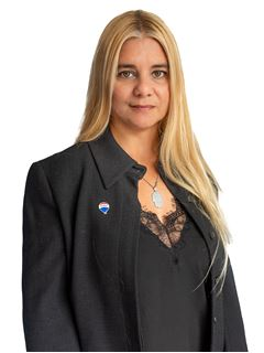 Ana Maria Valdez - RE/MAX Total (II)