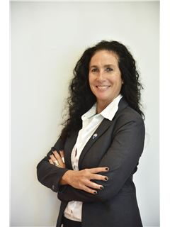 Cecilia Gomeñuka - RE/MAX Total (IV)