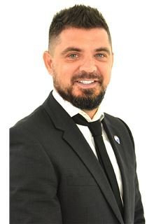 Sebastian Franco Pellegrini - RE/MAX Exclusivo
