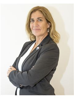 Estefanía Walker - RE/MAX Total (IV)