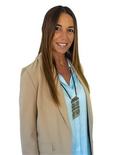 Paola Palavecino - RE/MAX Data House