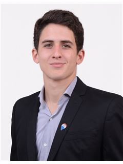 Nicolas Sturla - RE/MAX Liberty