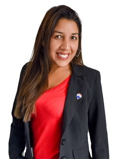 Andrea Leal - RE/MAX Total (II)