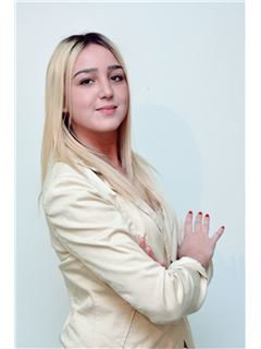 Assistent makelaar - Camila Abal - RE/MAX Actitud
