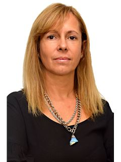Claudia Nigido - RE/MAX Alianza