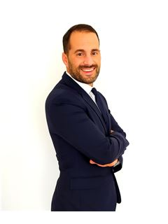 Christian González - RE/MAX Urbana