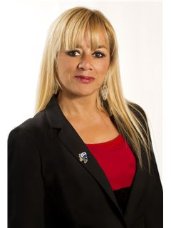 Laura Lamberti - RE/MAX Plaza