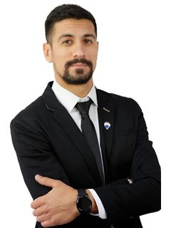 Associate in Training - Miguel Cassella - RE/MAX Chacras