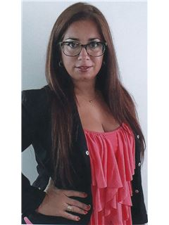 Analia Paula Lopez - RE/MAX Urbana II