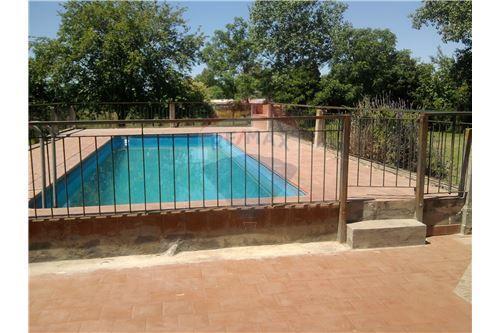 Villa Rosa, Pilar - Venta - 165,000 USD