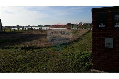 471c60fab Stavebný pozemok - Na predaj - Zelaya, Greater Buenos Aires - Severná Zóna  - 421051008-3 , - RE/MAX Paraguay