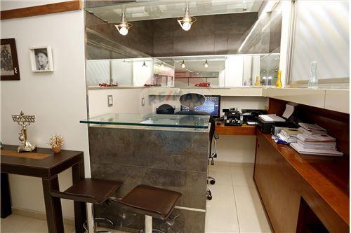 Cellar Room(Bar)