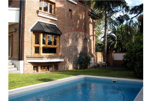 Acassuso, San Isidro - For Sale - 1,250,000 USD