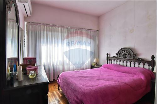 मास्टर बेडरूम