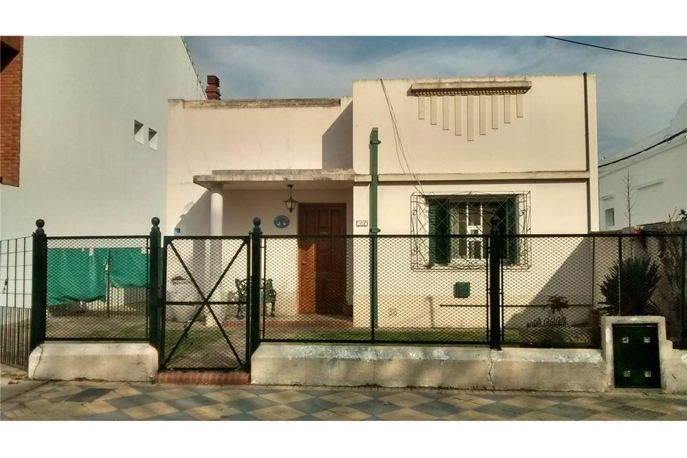 Casa venta lomas de zamora gran buenos aires zona for Casa decoracion lomas de zamora