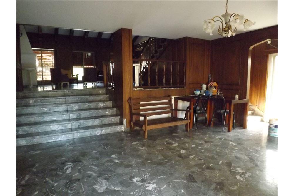 Casa venta villa sarmiento gran buenos aires zona for Casa minimalista zona oeste