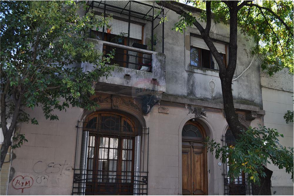 Casa venta parque chacabuco capital federal for Casa de muebles capital federal