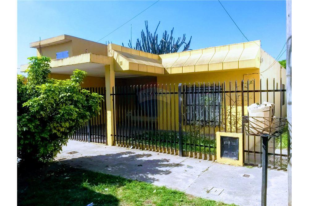 Casa venta isidro casanova gran buenos aires zona for Casa minimalista zona oeste
