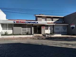 Office of RE/MAX Confianza - RAFAELA