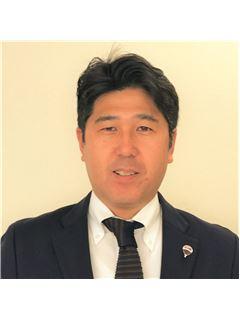 宅建免許保有者 - Hideyuki Kikkawa - RE/MAX Property Partners