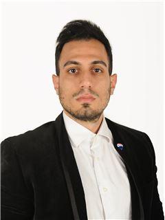 Georgios Foukarides - Assistant Sales Agent - RE/MAX CAPITAL