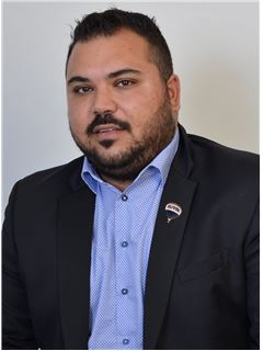 Andreas Christodoulou - Assistant Sales Agent - RE/MAX EXCELLENCE