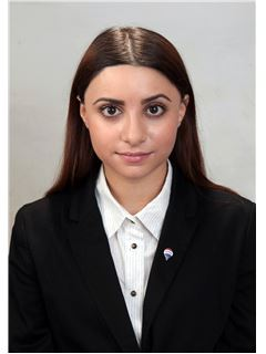 Olivia Nikolaou - RE/MAX DEALMAKERS