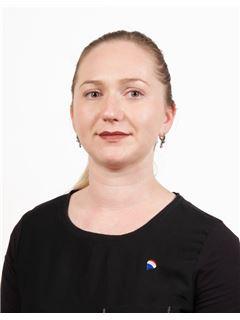 Associate in Training - Tatiana Tarlakova - Assistant Sales Agent - RE/MAX BEST