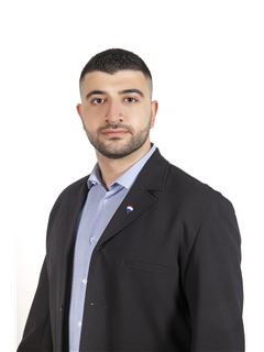 Andreas Mavrikios - Assistant Sales Agent - RE/MAX DEALMAKERS
