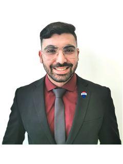 Michalis Constantinou - Assistant Sales Agent - RE/MAX DEALMAKERS
