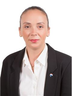 Evelina Achilleos - Assistant Manager & Assistant Sales Agent - RE/MAX EXCELLENCE